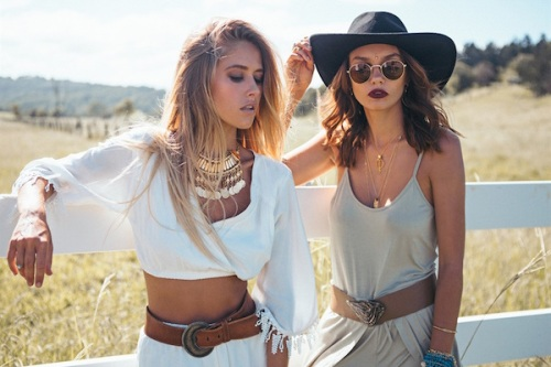 3-Top-Music-Fashion-Trends-for-This-Summer-3
