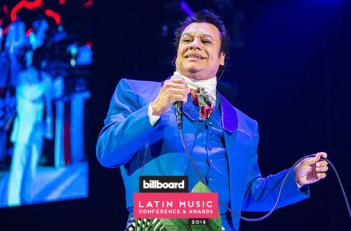 Juan-Gabriel-performs-2015-bblatin-logo-billboard-650